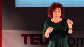Görbe tükörben a szexualitásunk: Andrea Kriston at TEDxSomlóiStWomen