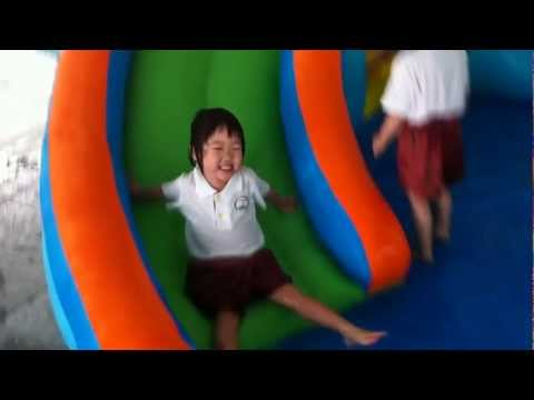 Kids Parties Singapore - Water Bouncy Castles by Singapore Toy Club