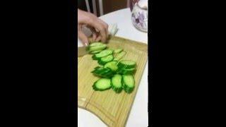 Как сделать салат из пекинской капусты