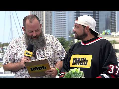Kevin Smith sends IMDb on a Comic Con Scavenger Hunt