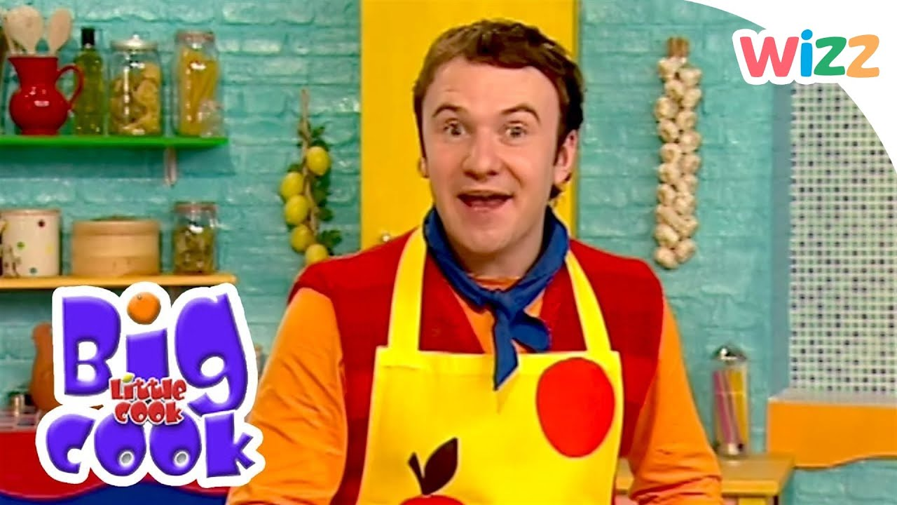 Big Cook Little Cook - Hearty Apple Pie  Wizz  Tv Shows -4900