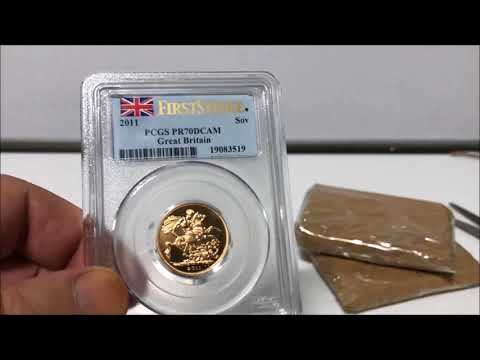 Gold Sovereign Unboxing (3)