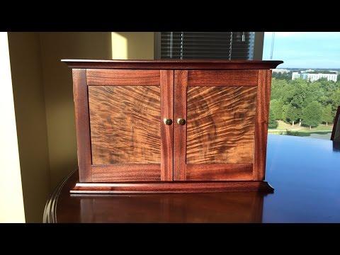 Linda's Jewelry Box