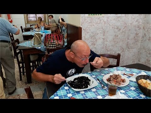 street food cibo tipico siciliano a Palermo - cibo di strada - la tarantella di Giampiero Amato