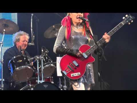 "Tom Tom Club - ""Wordy Rappinghood"" - Glastonbury Festival, 28th June 2013"