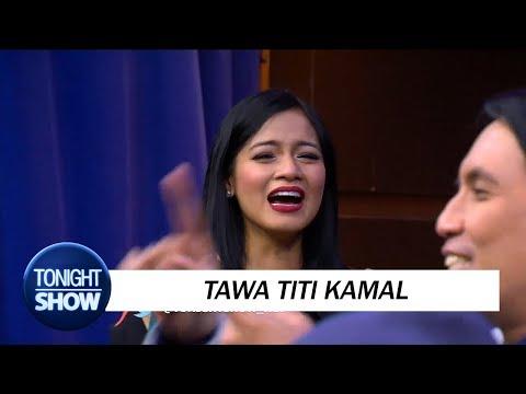 Titi Kamal Dibikin Ketawa Terpingkal - pingkal Main Tatap - tatapan
