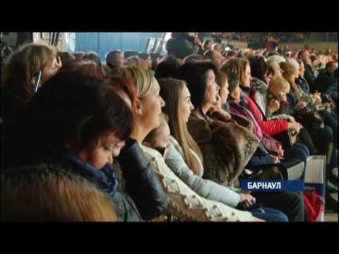 В Барнауле на лед вышли сильнейшие фигуристы планеты и любимые публикой актеры