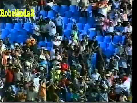 Ajay Jadeja's Marvellous catch to dismiss Tom Moody