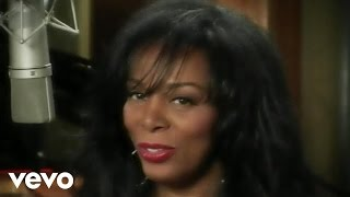 Watch Donna Summer The Queen Is Back video