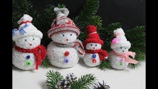 Schneemänner /Schneemannfamilie aus Socken/ DIY Snowman / Snowmanfamily made of socks.