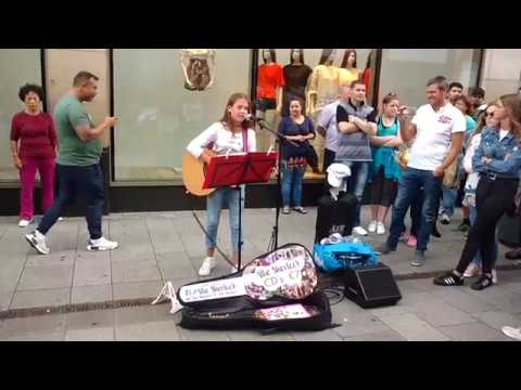 Best of buskers in Dublin (more than 100 performances)