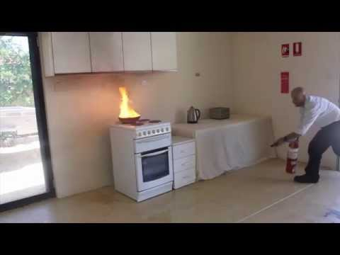 How to use a Fire Extinguisher Australia