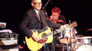 Andy Fairweather Low & The Low Riders - Hold On Tight - The Atkinson Southport - 7th Dec 2013