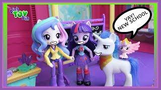 Princess Flurry Heart Tries A New School!