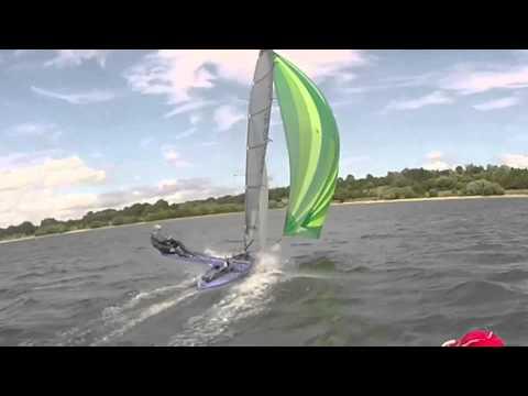 IC International canoe - Running with the Kite