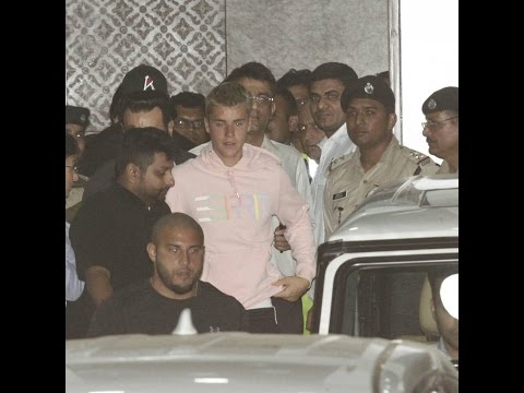 Justin Bieber - Arriving At Corporate Aviation Terminal - Mumbai, India - May 10, 2017