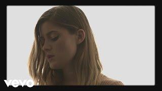 Смотреть клип Léon - Léon'S Lullaby