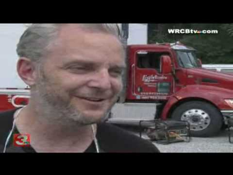 """""""Water for Elephants"""" Director Francis Lawrence Talks To WRCBtv Mp3"""
