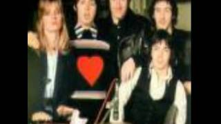 Paul McCartney & Wings - Cafe on the left bank