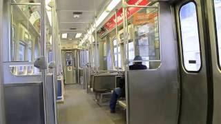 シカゴ交通局 (CTA)の高架鉄道、シカゴ・Lの3200系の車内風景です。 ル...