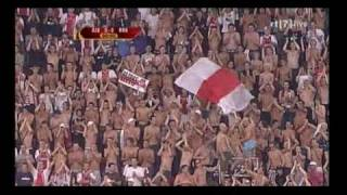 Vak 410 Song! tijdens Ajax - Slovan Bratislava