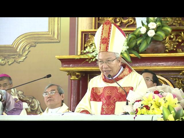 Đức Cha Phaolô Nguyễn Thái Hợp nói lời cám ơn tại Đại lễ Thành lập Giáo Phận Hà tĩnh
