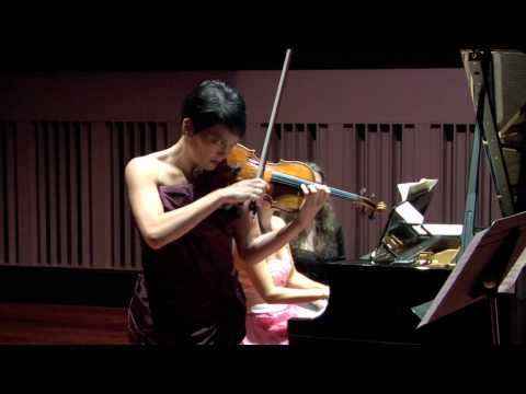 Anne Akiko Meyers & Wendy Chen Play Bartok's Roumanian Folk Dances