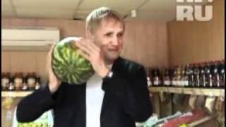 Как правильно выбрать арбуз(подробное описание http://krsk.kp.ru/daily/25716.4/915203/, 2011-09-09T03:55:36.000Z)