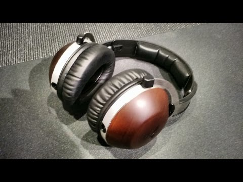Z Review - Feenix Aria (This gaming headset got wood)
