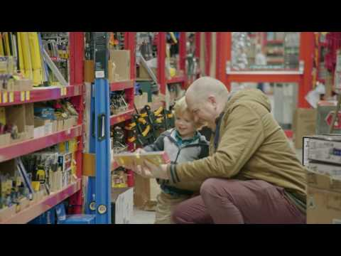 Exploring the new Bunnings Warehouse - Griffiths Way, St. Albans