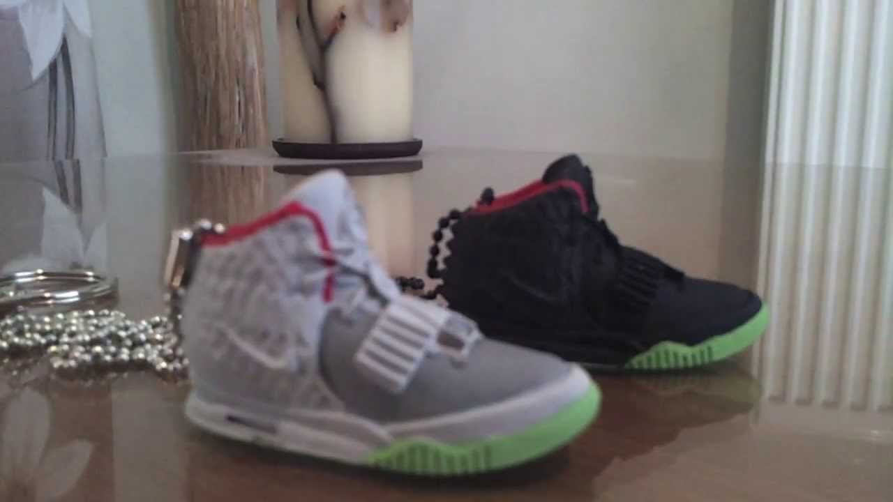 adidas shoe keyring 3d