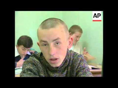RR0205/B  Russia: Street Children