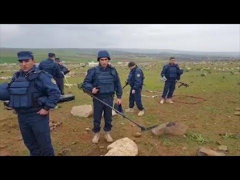 Армянские саперы разминируют участок в окрестностях Алеппо