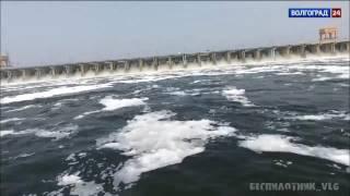 На Волжской ГЭС повышенный сброс воды продлен до 26 июня