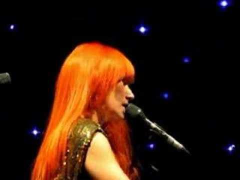 Tori Amos - Siren - Vancouver 12-03-07.REMIX