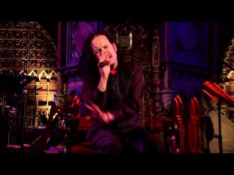 Jonathan Davis And The SFA - 'Alone I Break' live