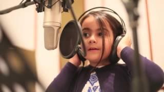 Suara Dahsyat anak kecil Cover lagu when we were young