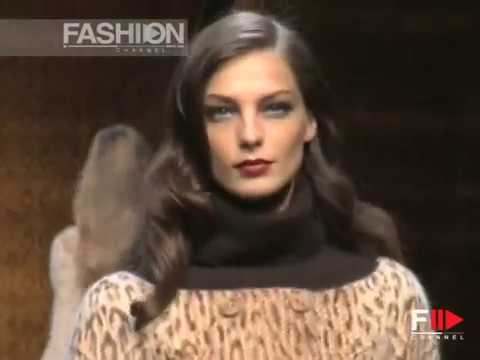 "Fashion Show ""Valentino"" Autumn Winter 2007 2008 Pret a Porter Paris 1 of 4 by Fashion Channel"