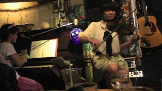 "this group ""mimisuma"" Acoustic band in Okinawa members are Hiro (Gu..."