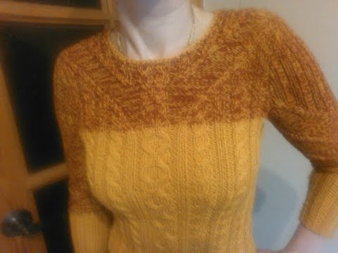 Двухцветный свитер спицами