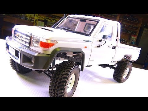 RC ADVENTURES - LC70 Land Cruiser 4x4 Truck - Installing a Body Mount Kit from RC4WD