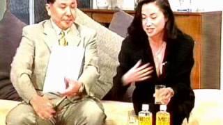 テレビショッピング 巨乳商品アドバイザー胸チラ乳リン見え thumbnail