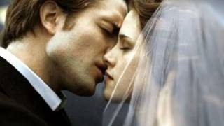 Twilight Saga: Breaking Dawn Part 1 - Movie Review