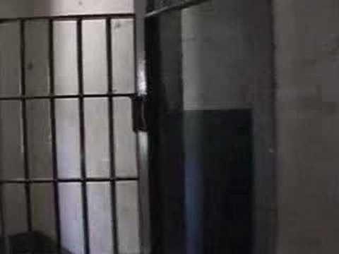 4 days in iraq, Abu Ghraib prison miniclip
