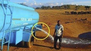 Er liefert 15 Tonnen Wasser in die Savanne nur aus einem Grund - Er will helfen!