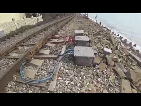 Срочно опасность катастрофы от РЖД рухнула подпорная стена в море Лазаревское Сочи 4К