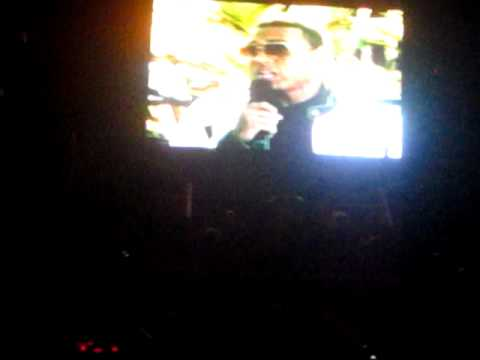 CHRIS BROWN FAME TOUR 2011 ! LOUDEST CROWD FOR ENTRANCE!