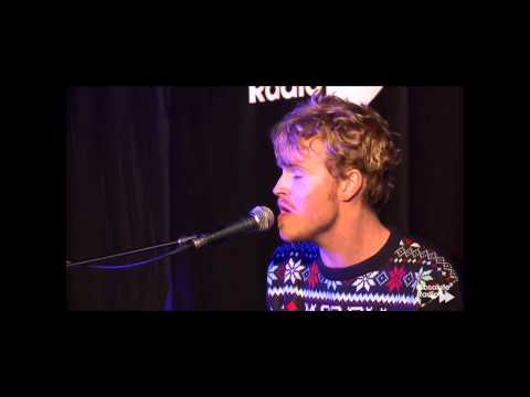 Kodaline - Lonely This Christmas (Live)
