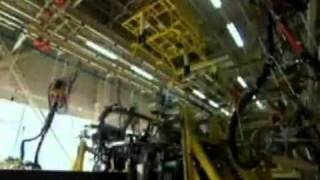 Factory in Action   Great Wall Motors flv www keepvid com