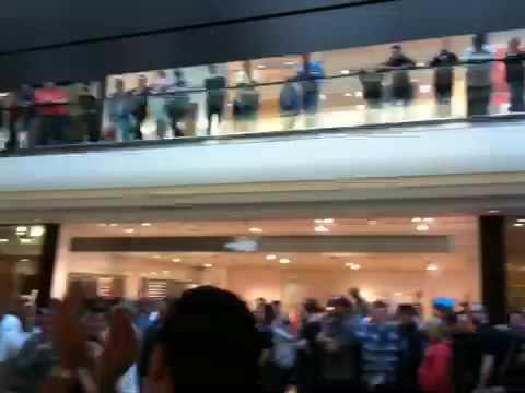 Opening Apple Store in Hamburg, Germany